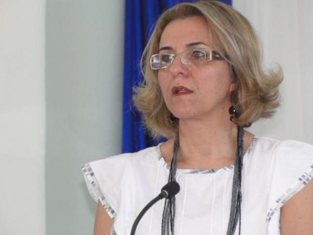 Cristina Nogueira Mota