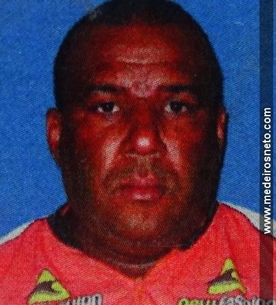 Jose de Araujo Santos morto apos cair em buraco em Medeiros Neto (2)